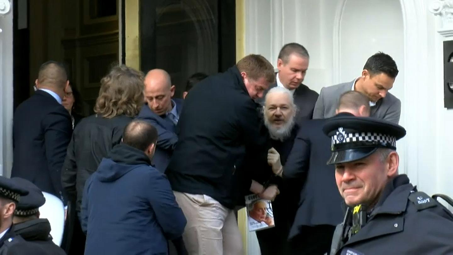 ClandesTime Special – Kevin Gosztola on the Assange Extradition Case