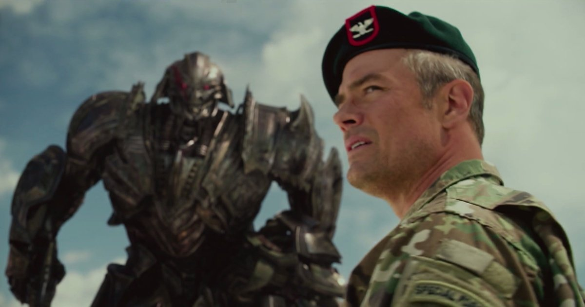 Change 'One Male and One Female' to 'Two Male' – Pentagon Production Notes for Transformers 3